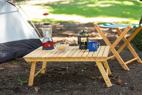 https://diy.dunnlumber.com/projects/how-to-make-a-diy-folding-camping-table