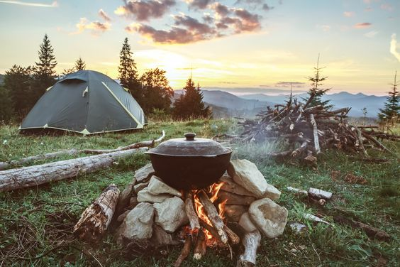 https://www.marthastewart.com/1540435/camping-essentials-pretty-functional?utm_source=pinterest.com&utm_medium=social&utm_campaign=social-share-gallery&utm_content=20191003&slide=718a8b9c-4bad-4e60-8c62-3ab00274bf20#718a8b9c-4bad-4e60-8c62-3ab00274bf20