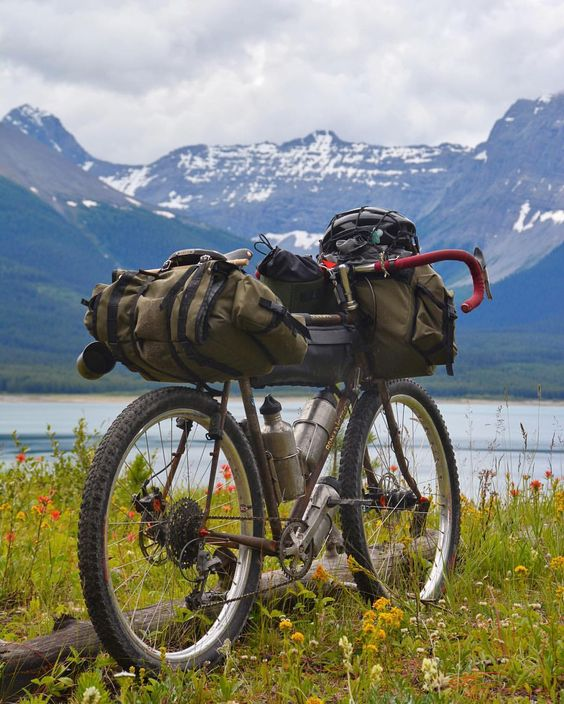 https://bikespedia.com/cannondale-mountain-bikes